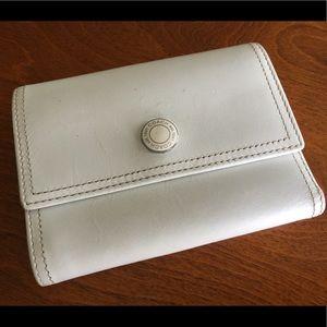 COACH wallet - Tri-Fold White Wallet